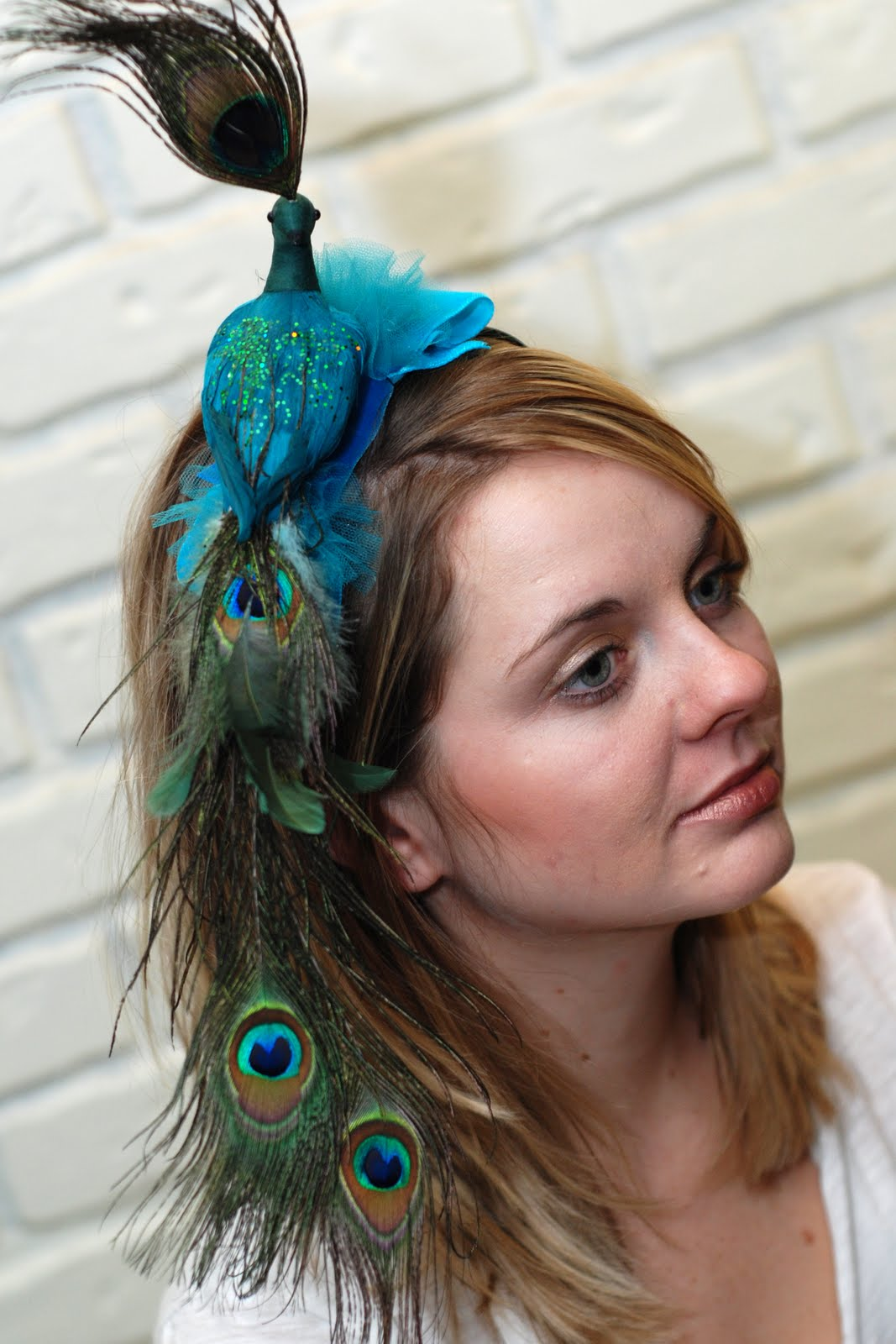 "Indeed some have not forgotten the origin of the fascinator and keep true  to the ""bird on cow"" imagery - d196969134e"