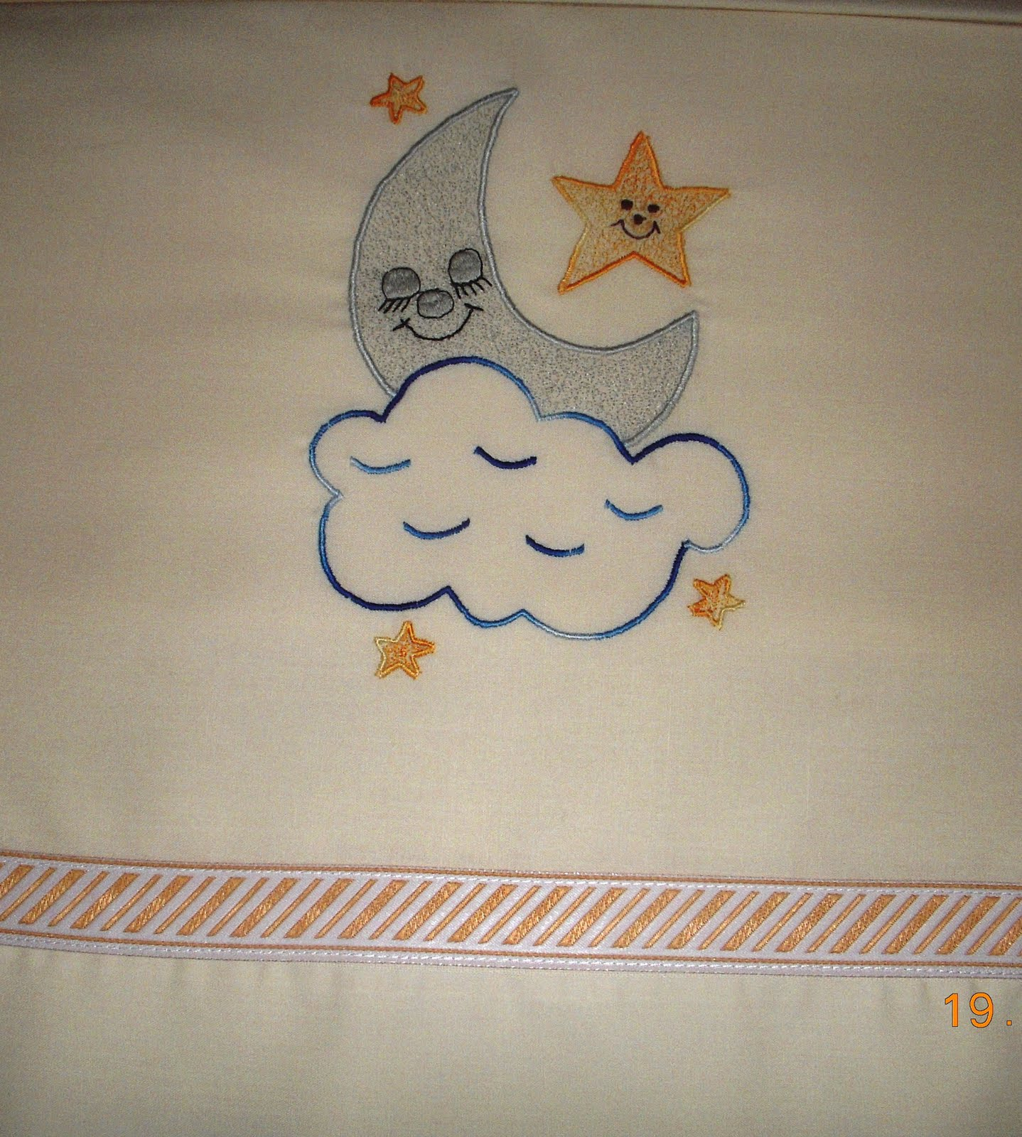 Mis trabajos nieves moreno bordados en sabanas infantiles - Dibujos para pintar en tela infantiles ...