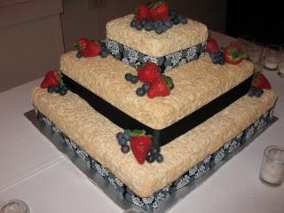 wine country cakes rice krispie wedding cake. Black Bedroom Furniture Sets. Home Design Ideas