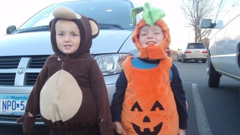 Gammel Twins: Halloween