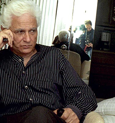 Biography and work of jacques derrida