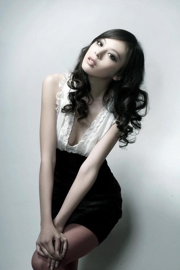 chinacute: Chinese beautiful model Xie Meng