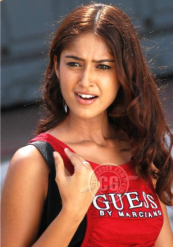 Cool Girl Wallpapers For Bedroom Bollywood Hot Photos Ileana Very Hot