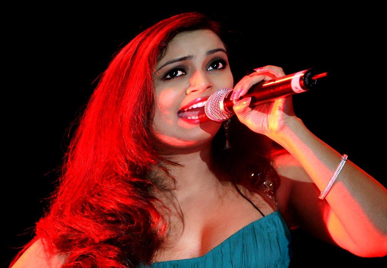 We Love Shreya Ghoshal-The Bollywood Pop Diva  Shreya -6398
