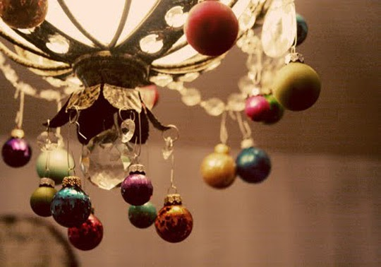 Inspire bohemia unique christmas decor for Unique christmas decorations