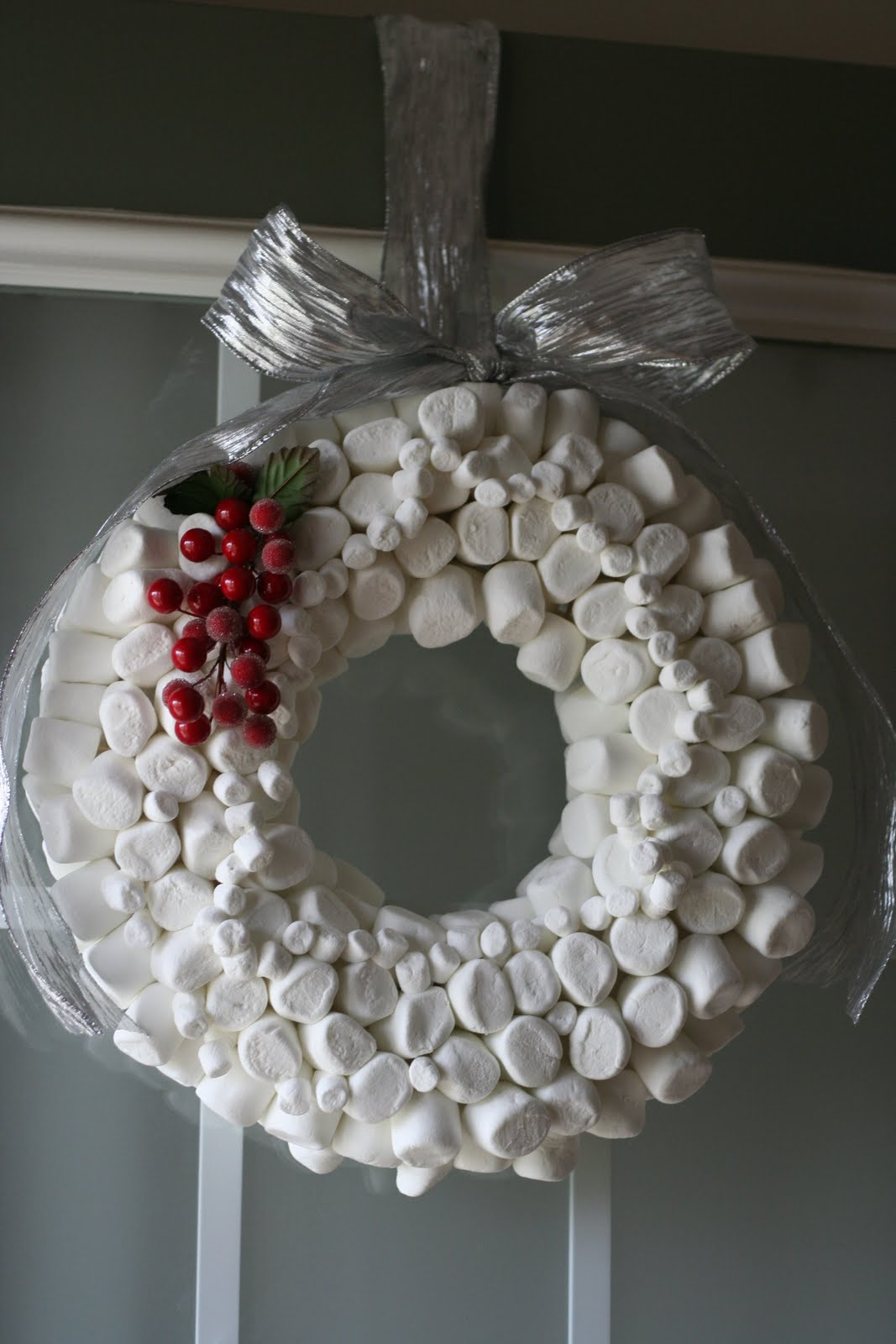 Holiday Wreaths: Food and Candy