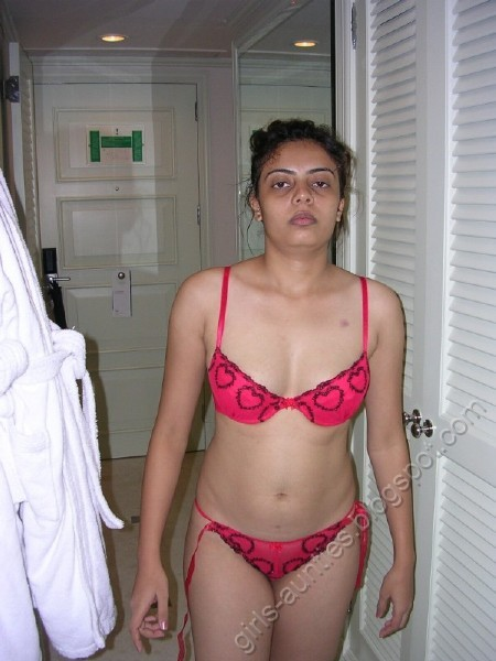 Desi Girls And Aunties - Non Nude Pics Desi Girl In Pink -7676