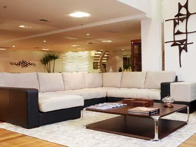 sala de estar grande decorada