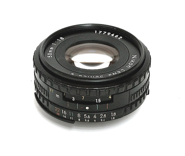 Nikon Serie E 50 f/1.8 (1977)