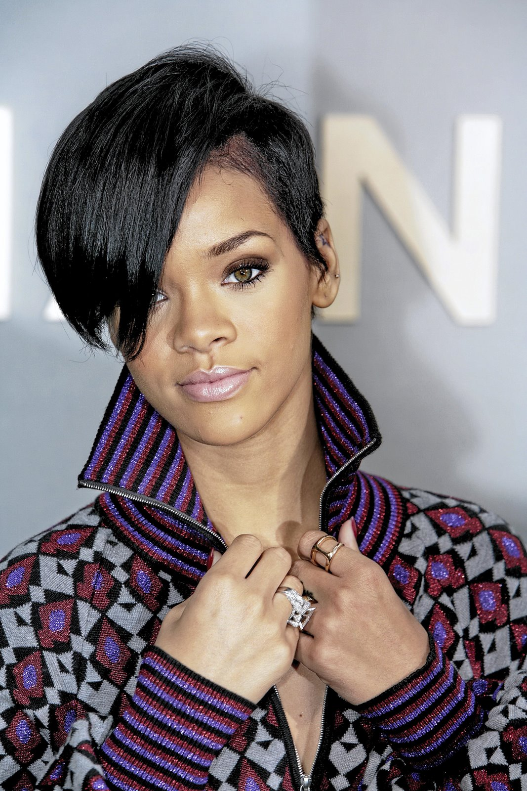 rihanna hairstyle 30 Beautiful Black Girl Hairstyles. 1067 x 1600.Hairstyles Big Foreheads Women