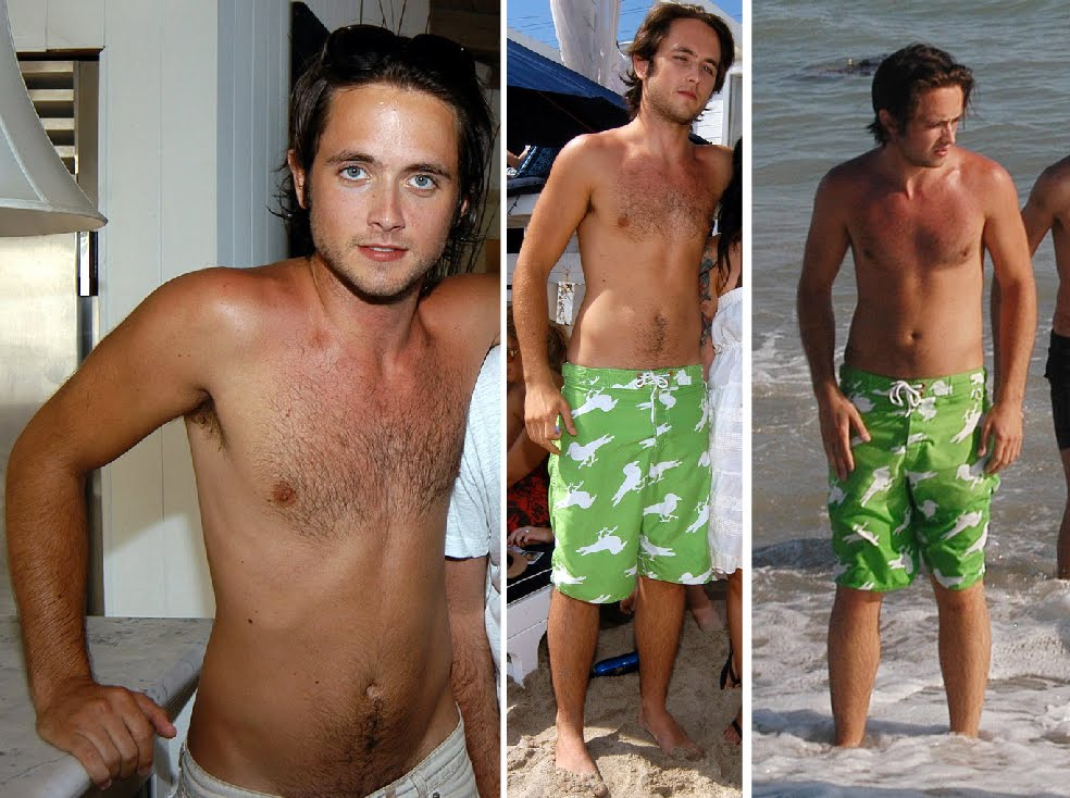 Justin chatwin shirtless