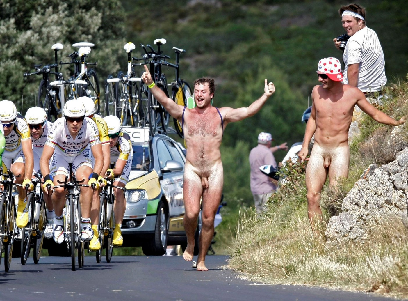 Rennes welcomes international naked bike rally, a first in france