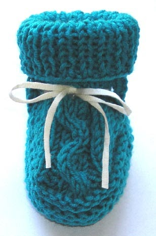 CrochetManiacs: Two Needle Cable Baby Booties Knitting Pattern