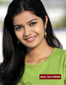 Hot Celebrity Photos: Swathi Hot Photos