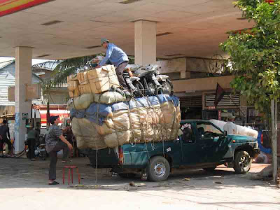 truck filled with Excess Load (24) 4