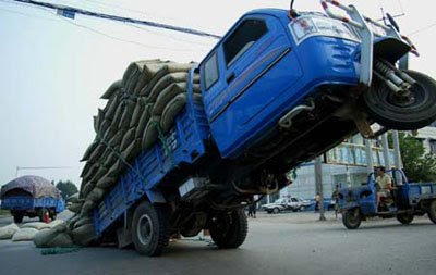 truck with excess load (24) 1
