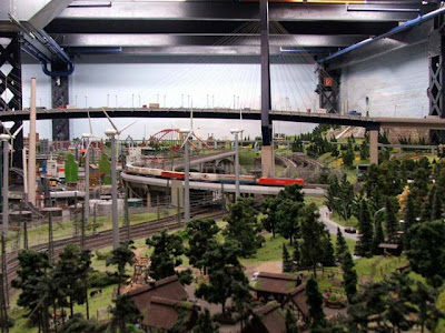 World's Biggest Railway Model (24) 12