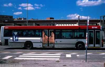 Creative and Clever Bus Advertisements (11)  9