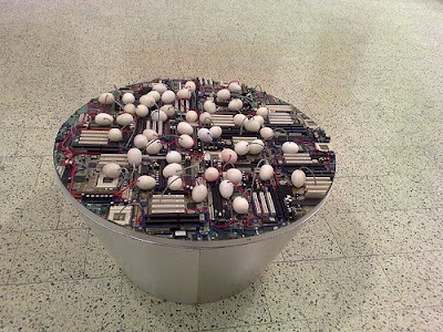 20 Creative and Cool Ways To Reuse Old Computer Parts (20) 5