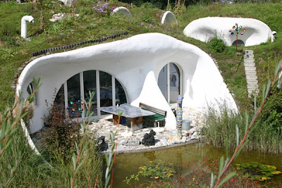 Earth House (5) 3