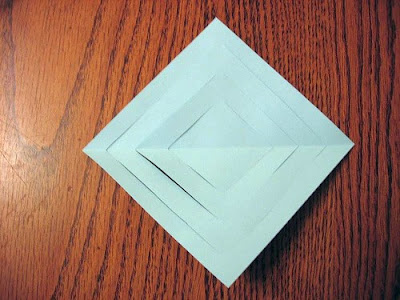 Make Three-Dimensional Snowflakes With Paper (7) 4