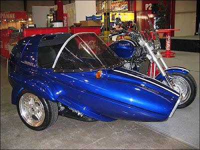 Armec's Triumph With Sidecar
