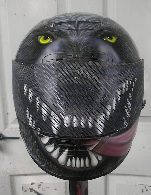 20 Cool and Creative Motorcycle Helmet Designs (20) 10