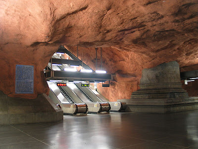 Artistic and Creative Swedish Subway System (21) 18