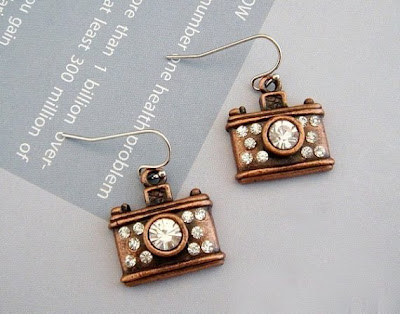 18 Creative and Cool Camera Earrings (18) 11