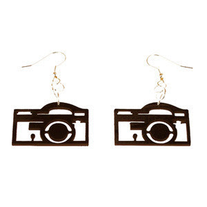 18 Creative and Cool Camera Earrings (18) 1