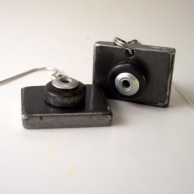 18 Creative and Cool Camera Earrings (18) 5