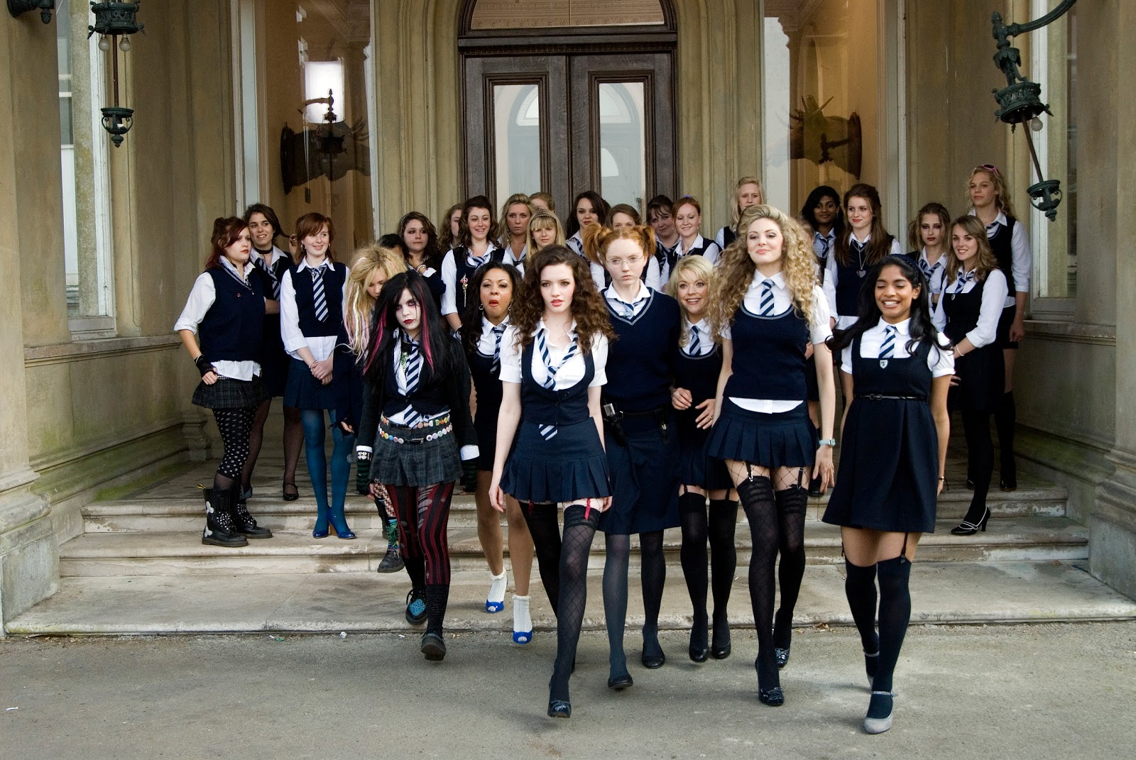 For and against school uniform