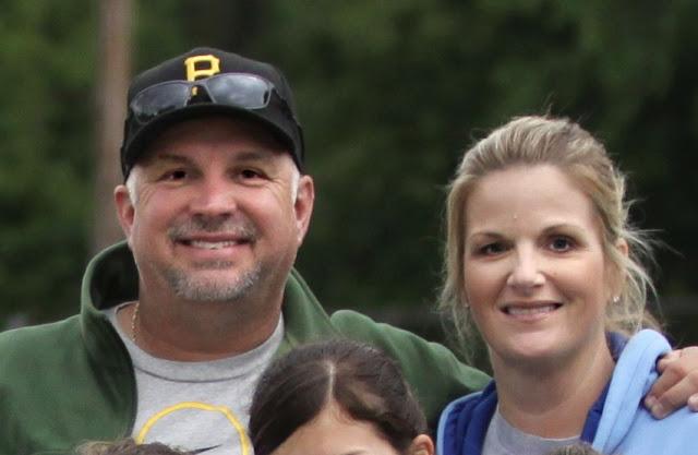 Yearwood Family Garth And Trisha Brooks