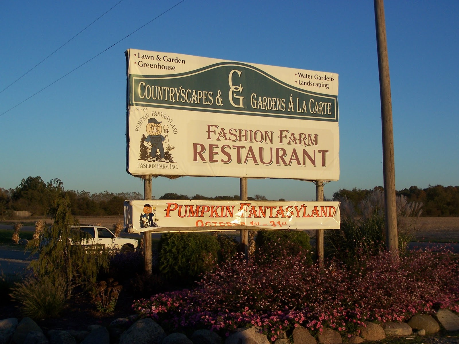 Pumpkin fantasyland youtube.