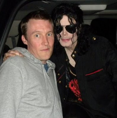 Michael Jackson Unveils New (Old) Look