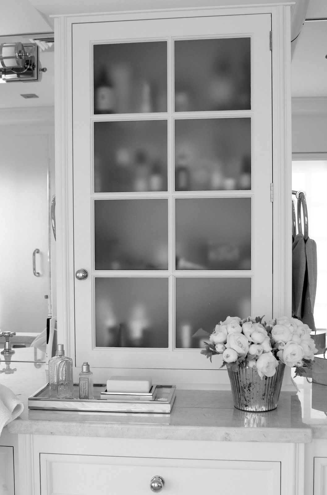 Frosted Glass Pantry Doors for Kitchen Cabinets