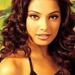 North Indian Actress Bipasha Basu  Wallpapers,profile,biography,filmography