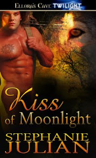 Guest Review: Kiss of Moonlight by Stephanie Julian