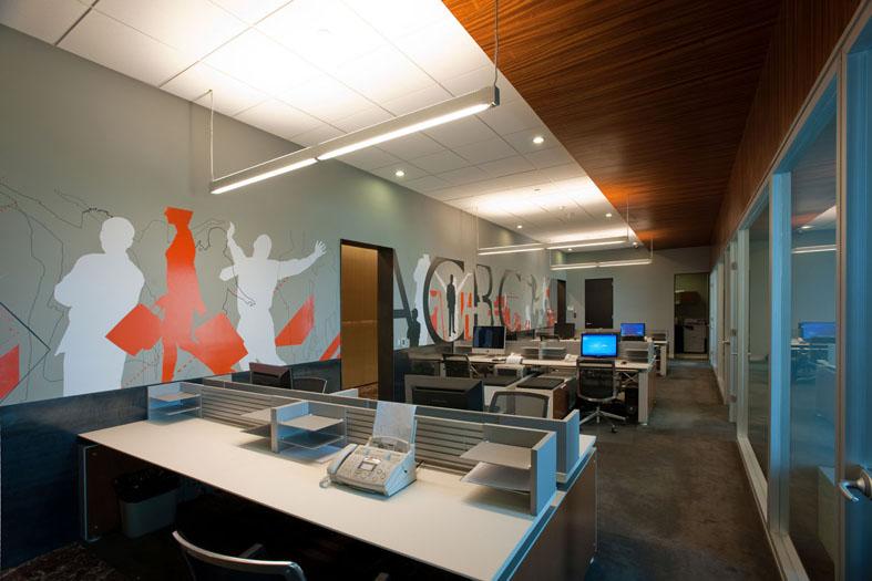 House Beautiful: Outdoors Creative Office Interior Design