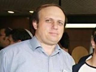 ספי שרמן - מנהל בית ספר עירוני ח' בתל אביב