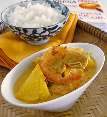 Prawns and Pineapple Curry