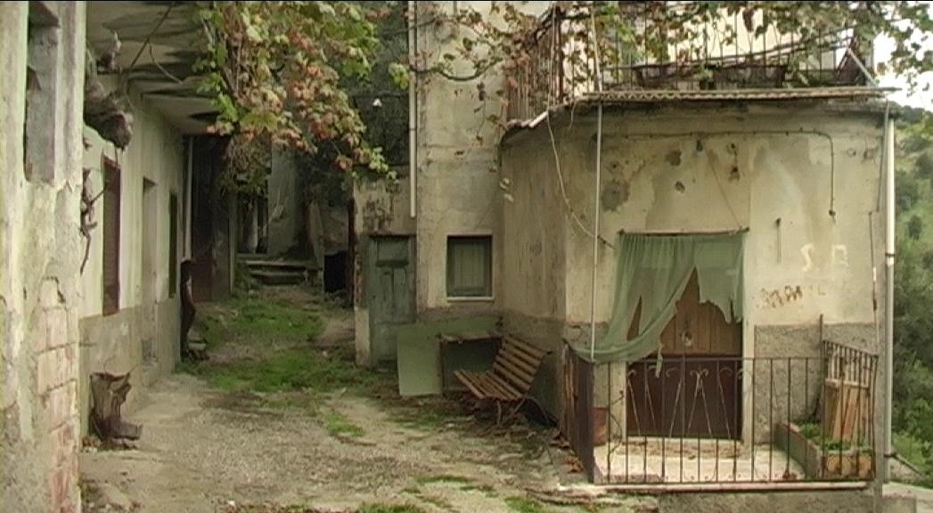 Case abbandonate for Disegni di case abbandonate