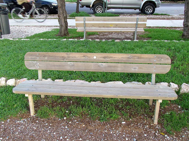 Marvelous A Bunch Of Benches Round Vs Square Evergreenethics Interior Chair Design Evergreenethicsorg
