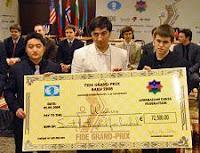 Los ganadores del I Grand Prix de Ajedrez de la FIDE: Vugar Gashimov, Yue Wang y Magnus Carlsen
