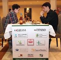 Ivan Cheparinov contra Fabiano Caruana en el III Torneo Magistral de Ajedrez Ruy López 2009
