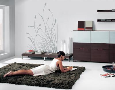 Entre colores de paredes y vinilos decorativos - Paredes grises y muebles marrones ...