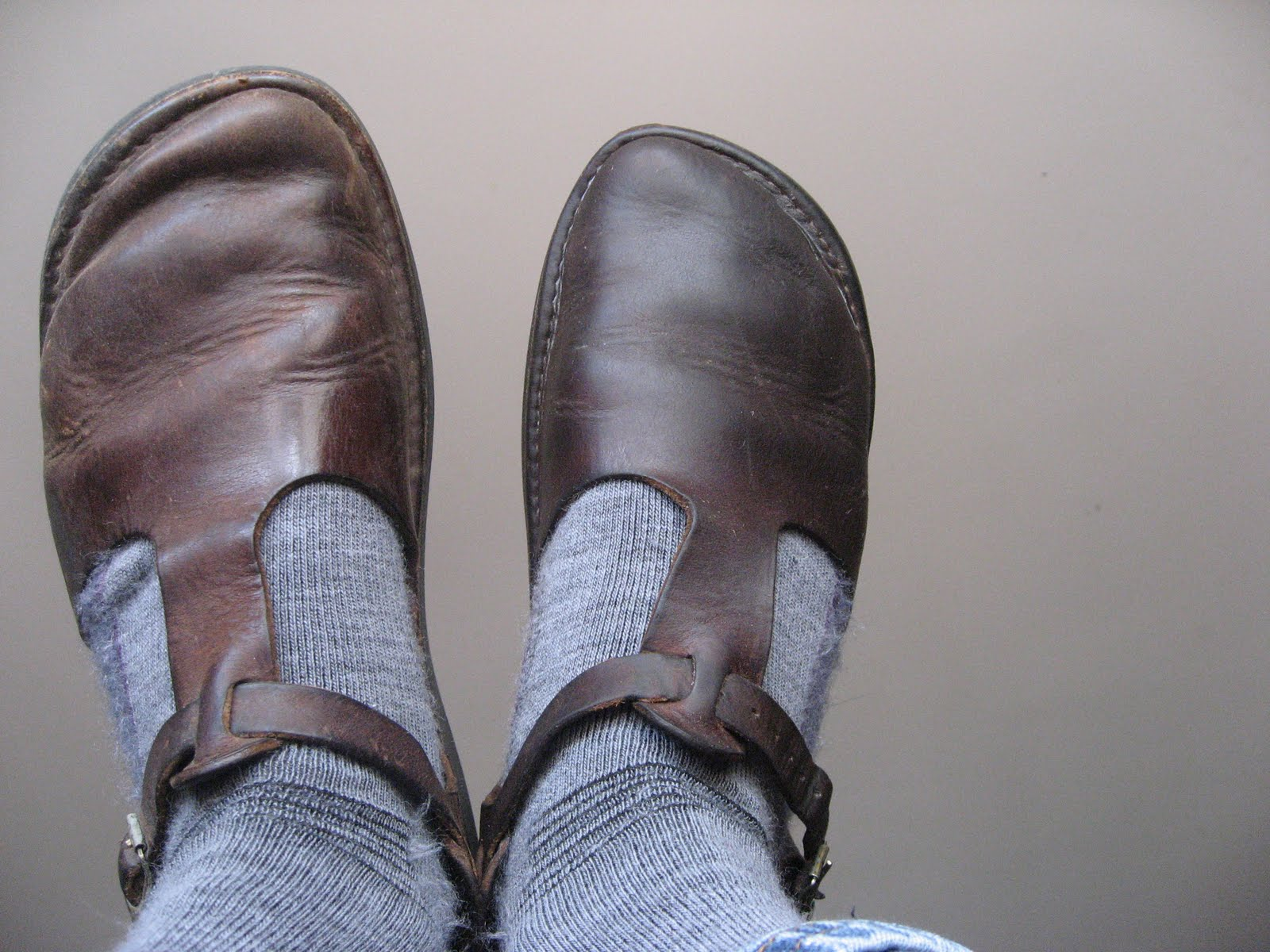 How To Make Leather Shoes Darker