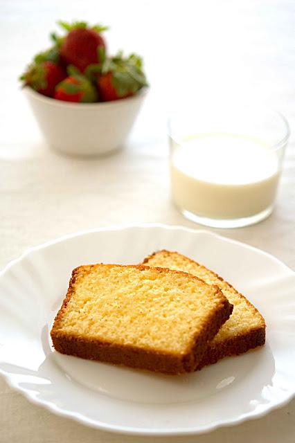 Un plum cake per la colazione