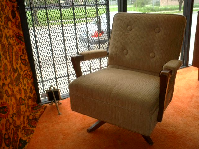 Surprising An Orange Moon Mid Century Mod Swivel Lounge Chair Machost Co Dining Chair Design Ideas Machostcouk