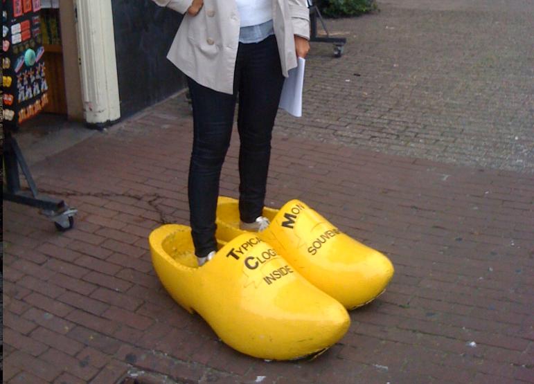 design distintivo materiali di alta qualità super speciali Amsterdam, la città degli zoccoli (anche di genere femminile)